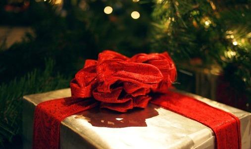 gift-595871_1280