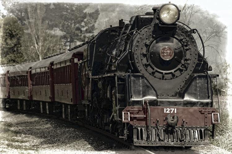 locomotive-222174_960_720