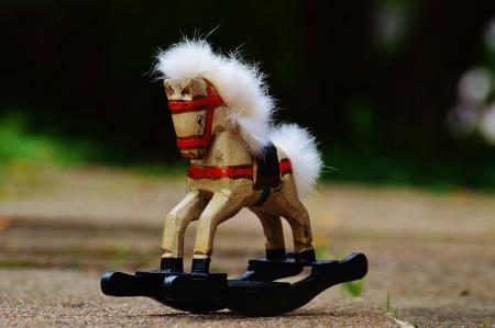 rocking-horse-982793_1920