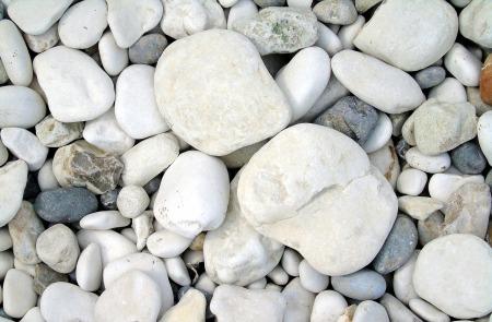 pebbles-3419527_1920